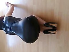 latex workout with heels but no pantys