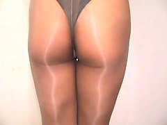 crossdresser pantyhose and panties 015